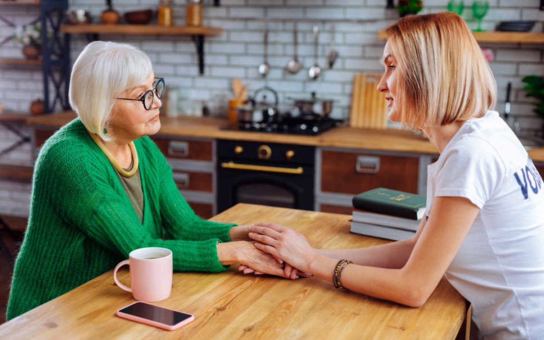How to Talk Your Parents about Early Dementia Symptoms – A Brief Guide